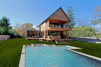 MODERN LUXURY SOUTHAMPTON VILLAGE